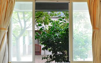 M款易清洗折叠纱窗